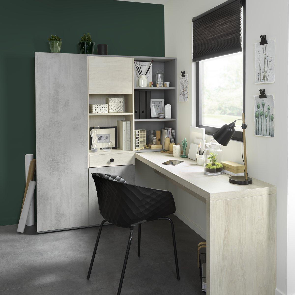 Ce vert canard rend l'espace de travail apaisant.