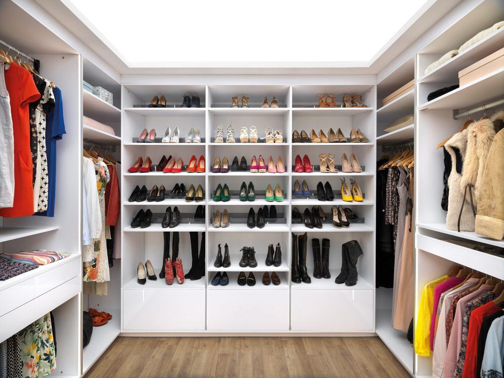 Nos 6 conseils pour bien ranger et organiser votre dressing - Meuble pour ranger vetement ...