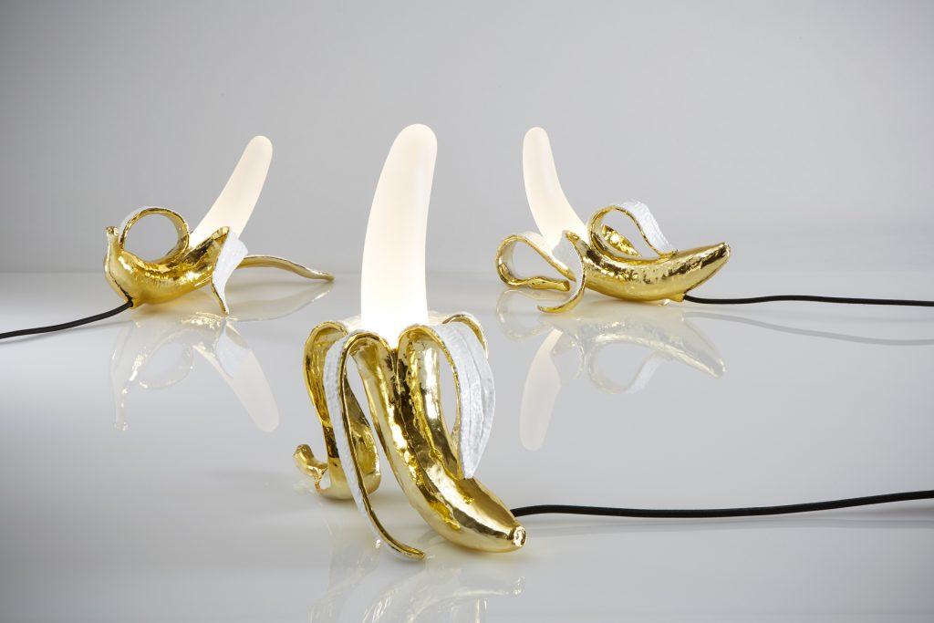 Lampes en forme de banane, Banana Lamp, de la marque italienne Seletti, designé par Studio Job.