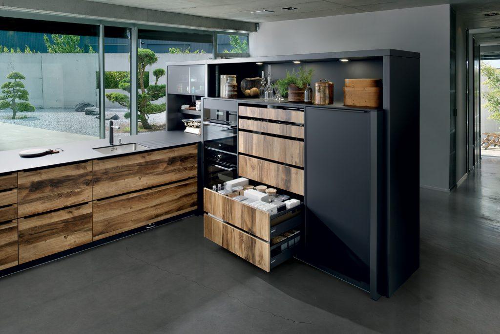 cuisine noir et bois sur mesure