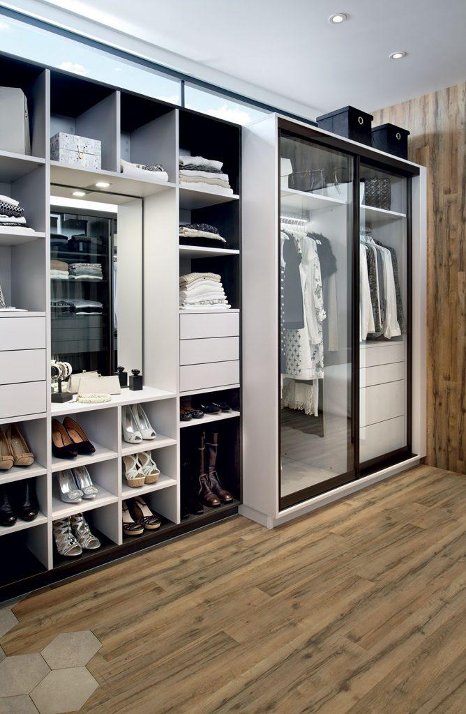 nos conseils pour un clairage de dressing optimale blog schmidt. Black Bedroom Furniture Sets. Home Design Ideas