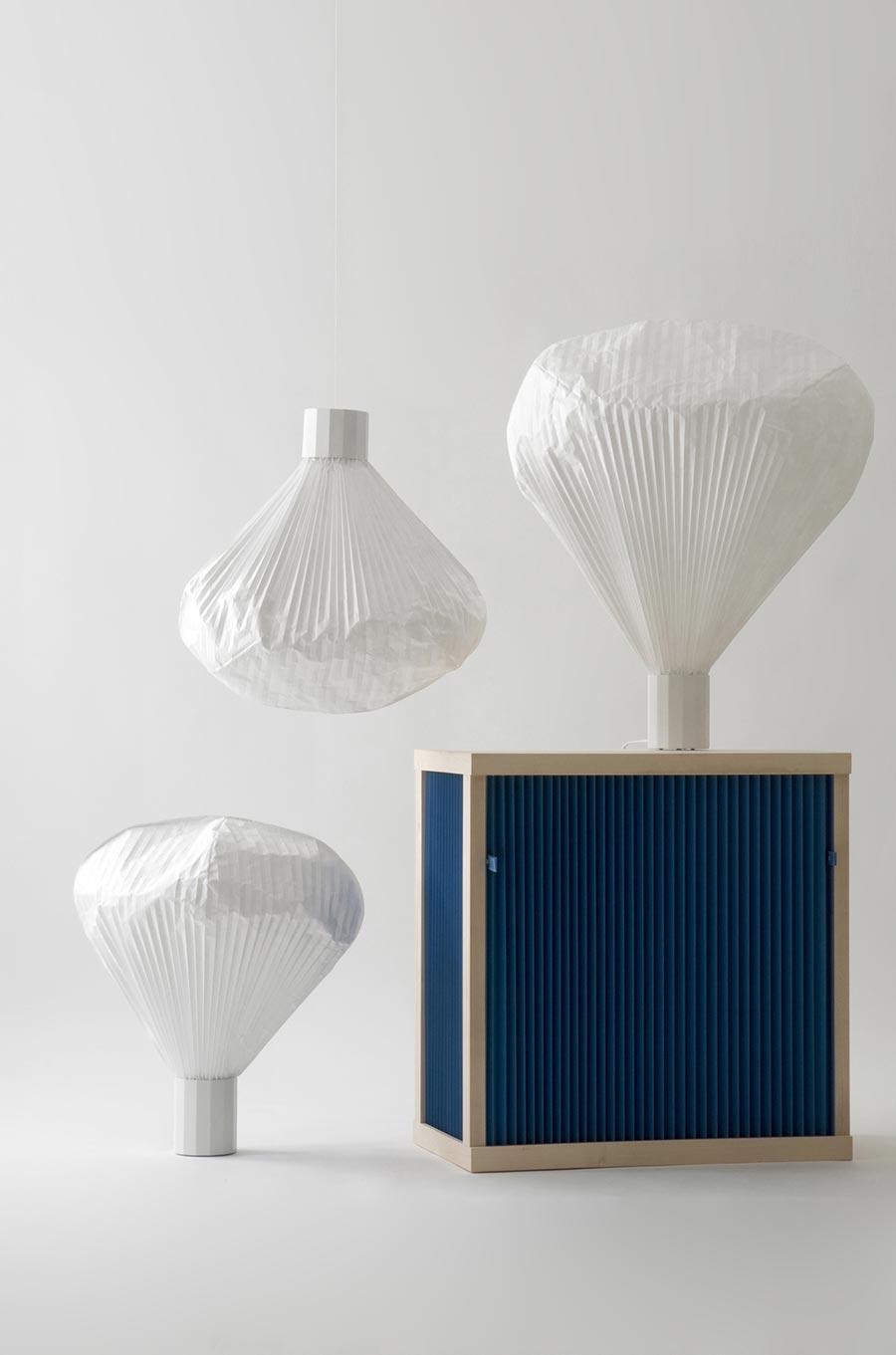 Lampes suspensions vapeur, Moustache par Inga Sempé