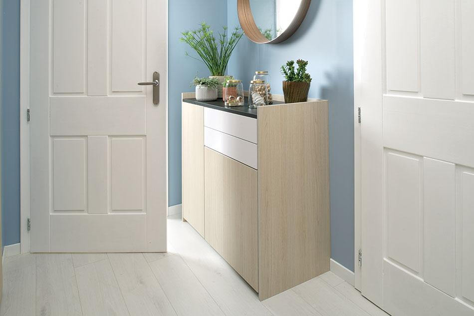 meuble d'entrée design, commode en bois clair