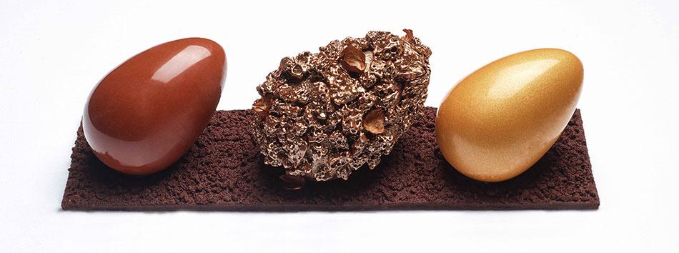 Oeufs de pâques en chocolat revisités par hotel crillon paris