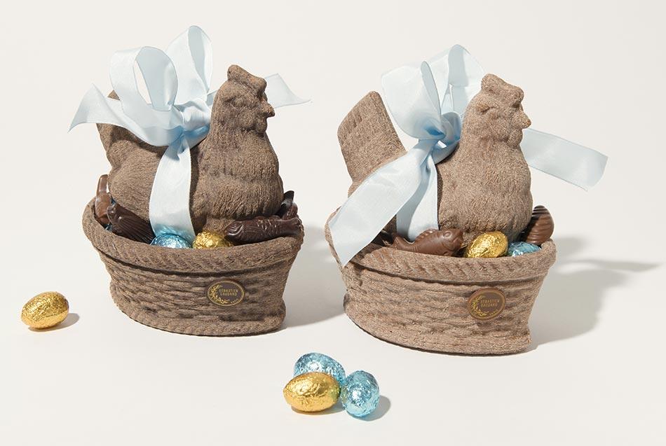 Poule en chocolat imitation aspect bois par Gaudard