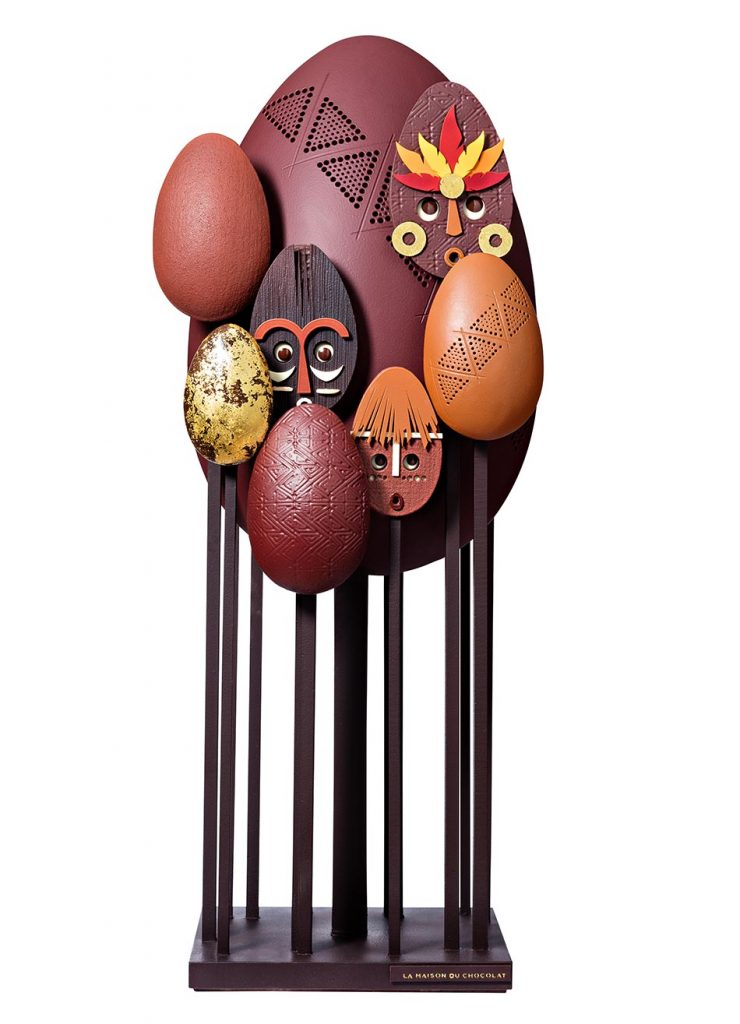 Oeuf et masques en chocolat par la maison du chocolat
