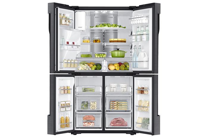 Large réfrigérateur double portes avec congélateur