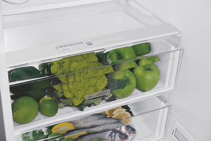 tiroirs de réfrigérateur