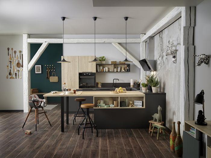 petite cuisine ouvert sur le salon