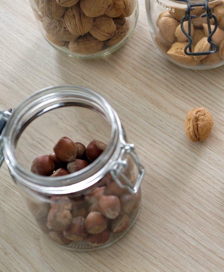 Optez pour des fruits à coques en cas de petites faims.