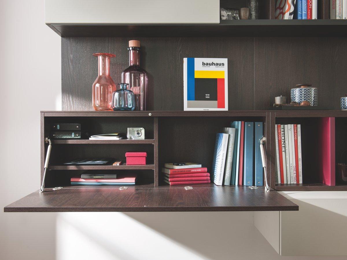 Porte à abattant pour petit bureau d'appoint intégré au meuble étagère