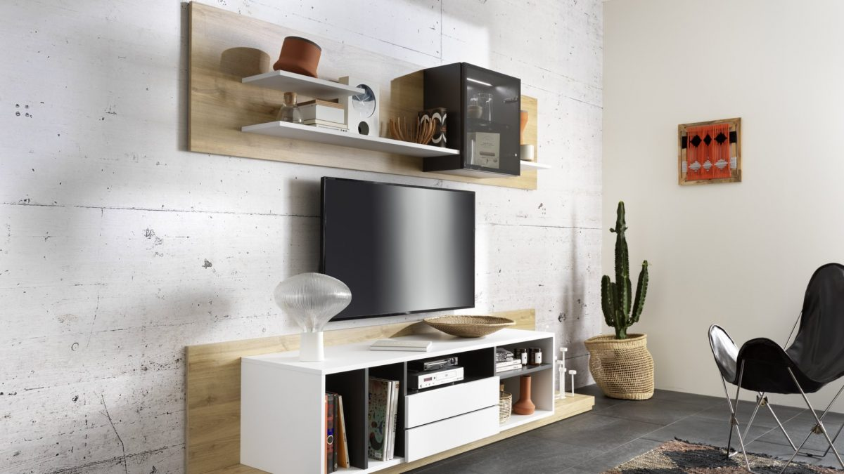 Meuble TV blanc et bois clair avec étagère suspendue