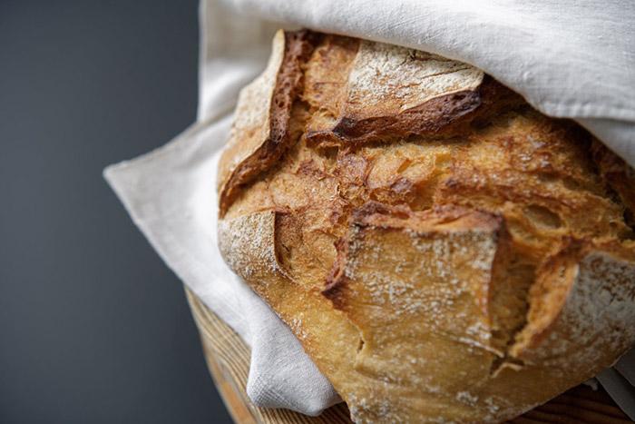 Croûte de pain croustillante et dorée