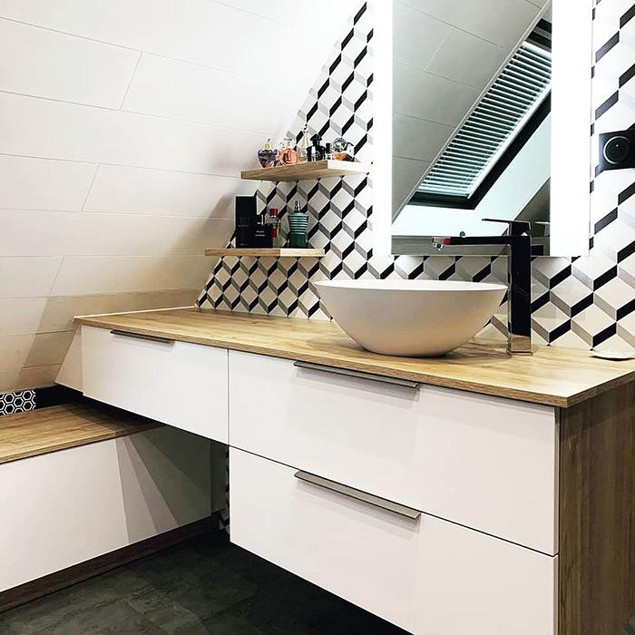 Salle de bains sous pente - réalisation Schmidt Lutterbach