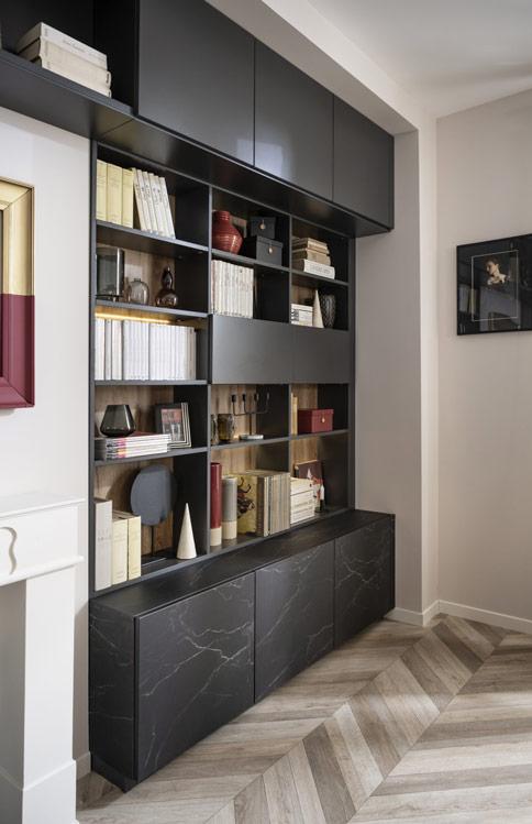 Bibliothèque avec portes coloris marbre noir