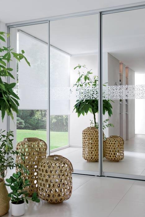 Ces plantes qui apportent une touche slow life à cette salle de bains en coloris rose poudré