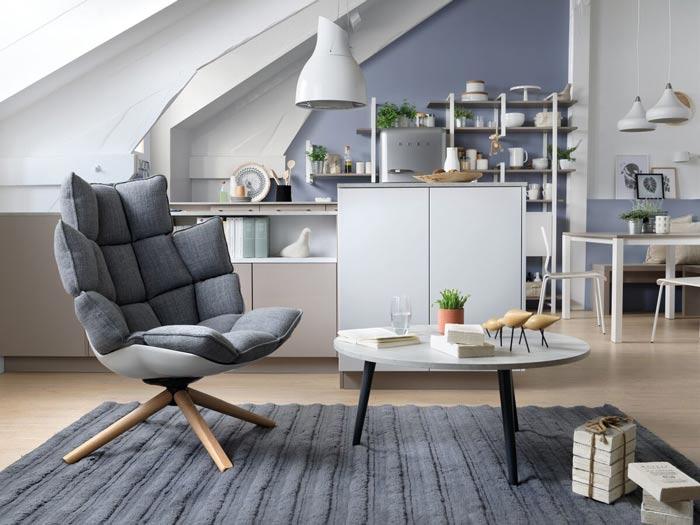 chaise confortable en tissu (chaise et tabouret)